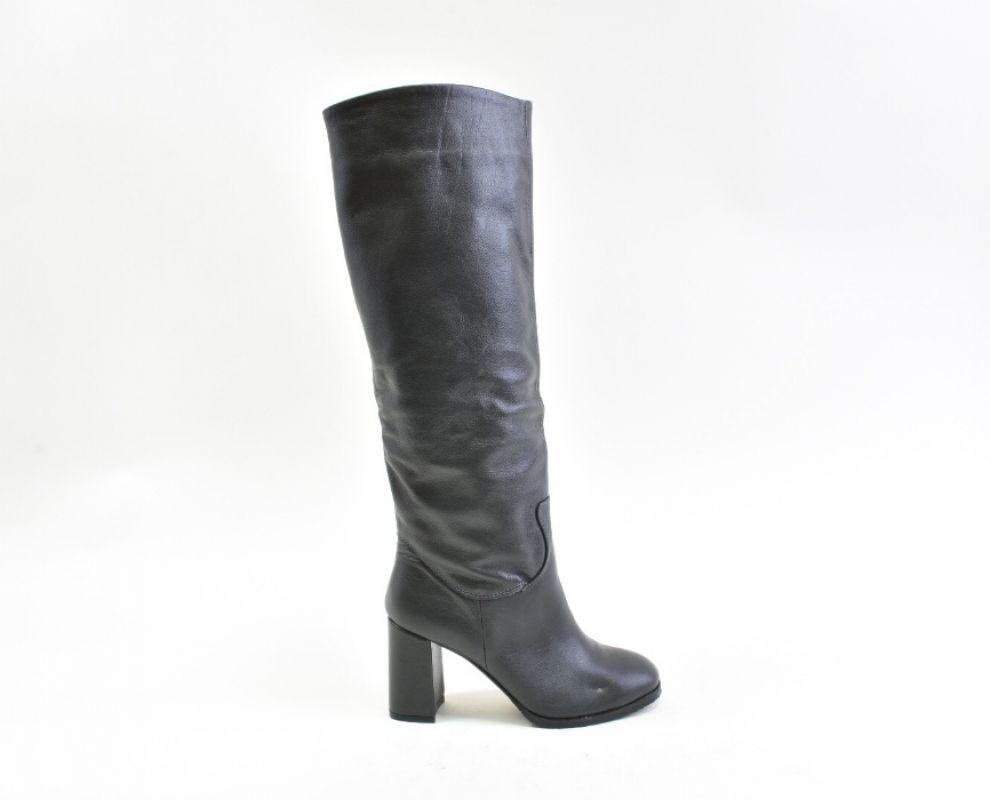 Шкіряні чоботи демісезонні сірого кольору - купити в Україні ... ac4a225c01d0e