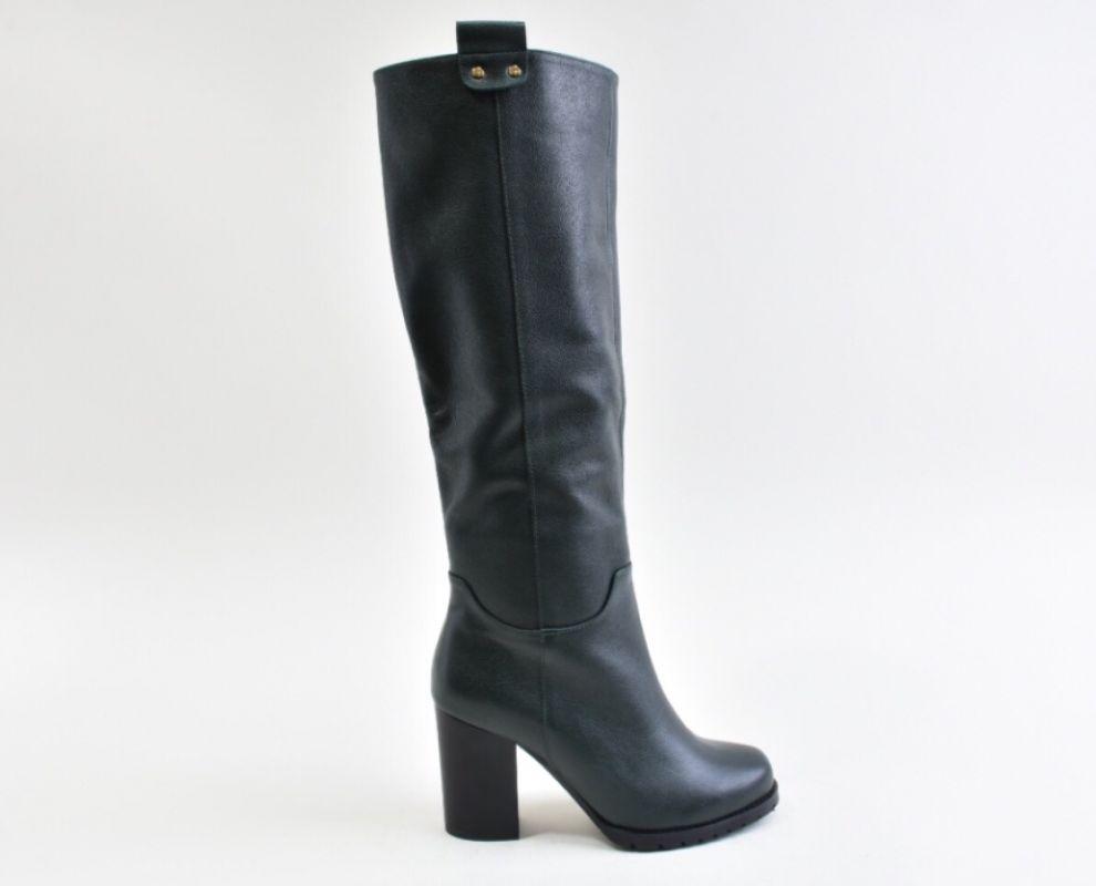 Шкіряні зимові чоботи на каблуку зеленого кольору - купити в Україні ... 2be60e4f722f2