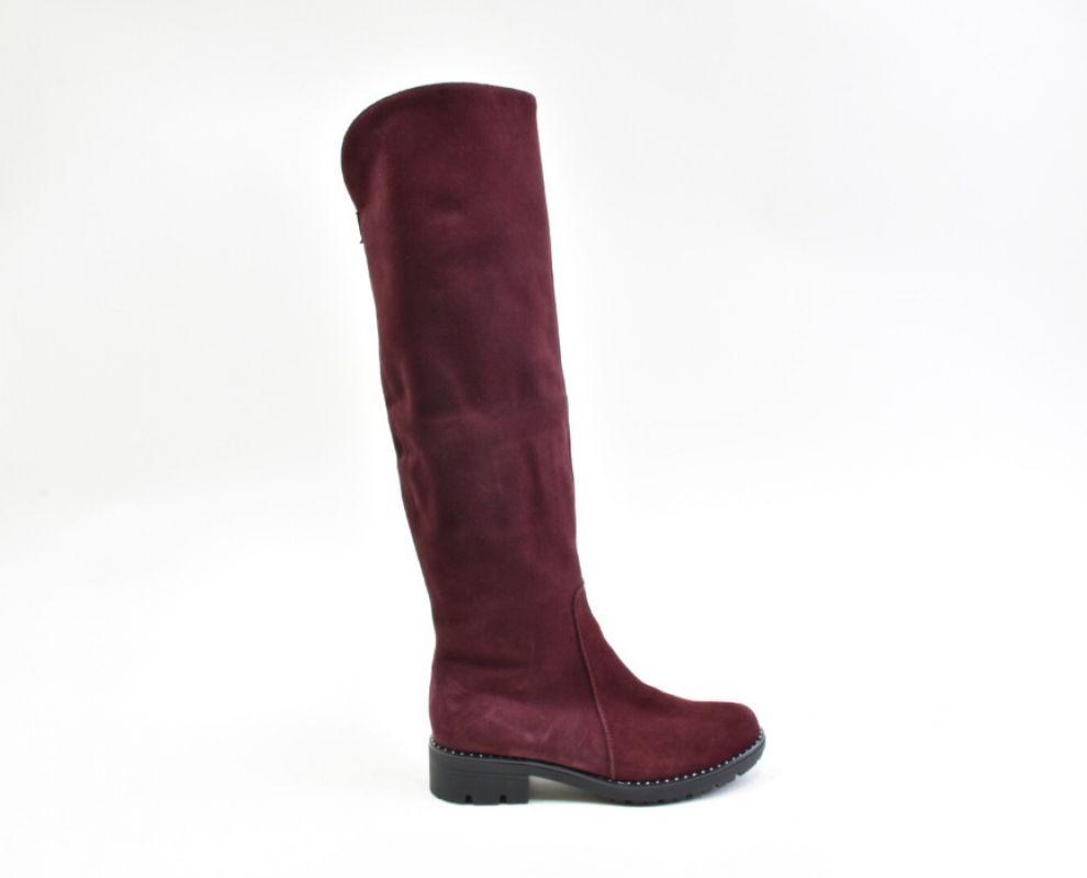Замшеві зимові чоботи на низькому ходу марсалового кольору - купити в  Україні  d9d6092a4d0ec